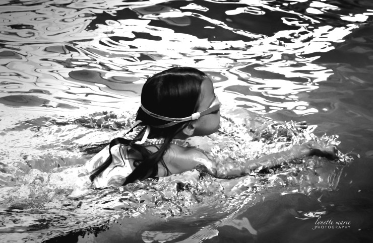 Swimming Samantha